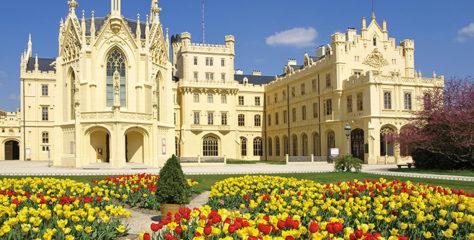 Dřevěné podlahy na zámku Lednice vznikly za přispění bratří Thonetů