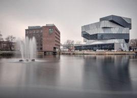 Experimenta – Science v německém Heilbronnu s unikátní podlahou z tří milionů dřevěných kostek