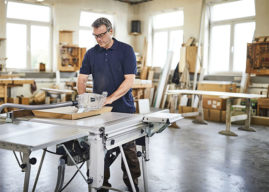 Nová stolní okružní pila Festool TKS 80 chrání vaše prsty