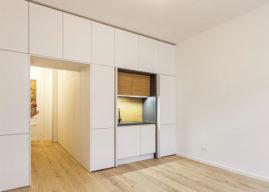 Smart byt: bydlení na 30 m². Dubová podlaha byla moderní a bude moderní i za sto let.