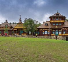 Jurkovičův Libušín dokončen. Nahlédněte do interiéru slavné stavby na Pustevnách.