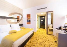 Vzory koberců podle přání zákazníka. ALL PODLAHY dodává koberce i do luxusních hotelů a VIP sálu multikina.