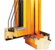Renovace dřevěných oken. Postup a výběr materiálů při opravě eurooken.