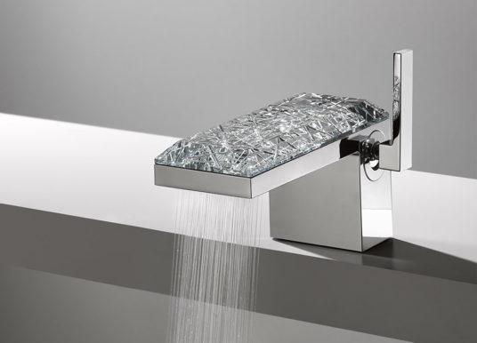 AXOR MyEdition_Glass Concept. Do koupelny se stěhuje kus české skleněné tradice.